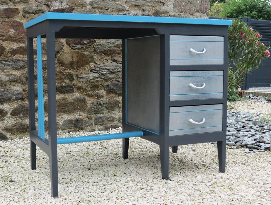 Bureau vintage à vendre creatypic meubles relookés en bretagne